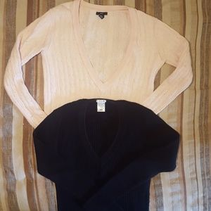 2 v-neck sweaters GAP and Old Navy